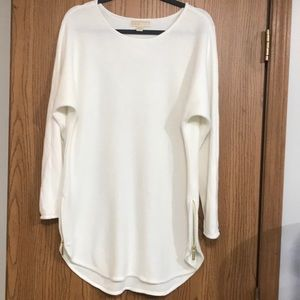 Michael Kors Ecru Hi/Lo sweater